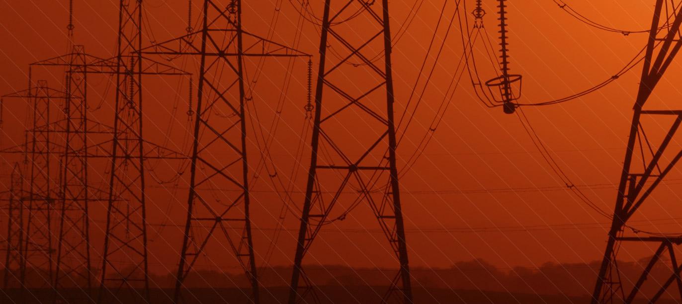 Elektrische Leitungen, Straßenbeleuchtung, Mediennetze ...